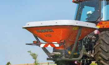 Kubota-Spreaders.jpg